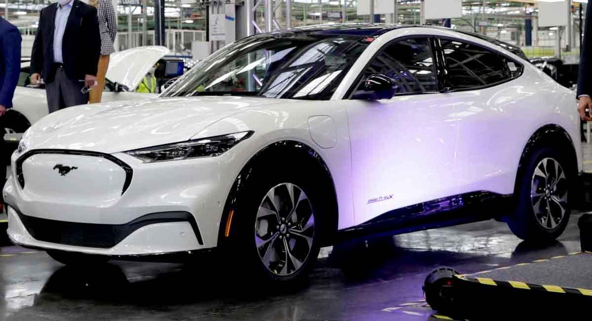 Mil 550 nuevas ofertas de empleo en empresa automotriz habrá en el EDOMEX