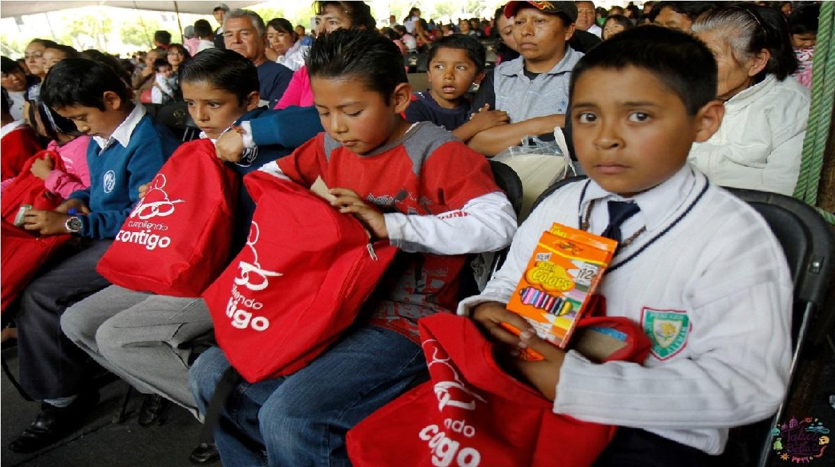 ¿Cuándo se entregan los útiles escolares 2021 en el Estado de México?