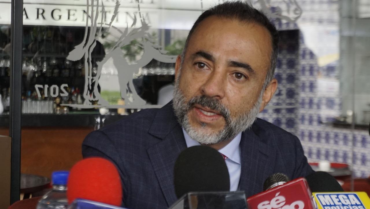 Denuncia Fernando Flores corrupción de Gaby Gamboa
