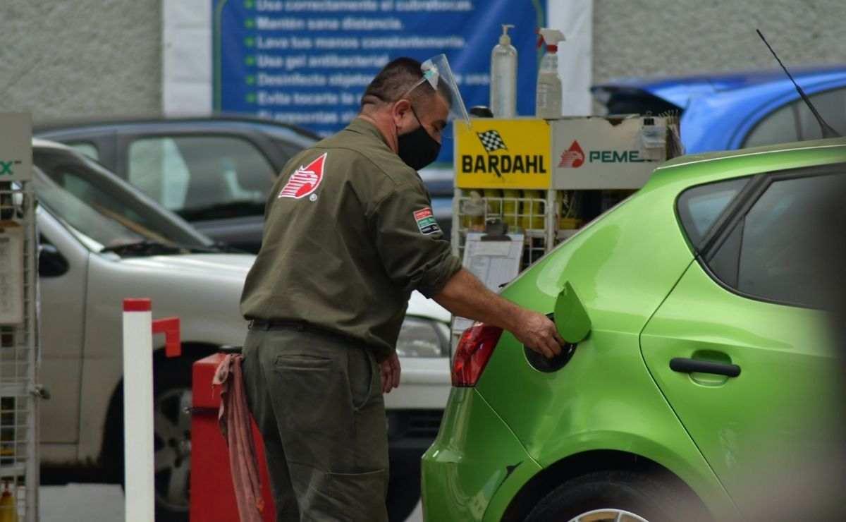 El precio de la gasolina se coloca a 20 pesos promedio a nivel nacional
