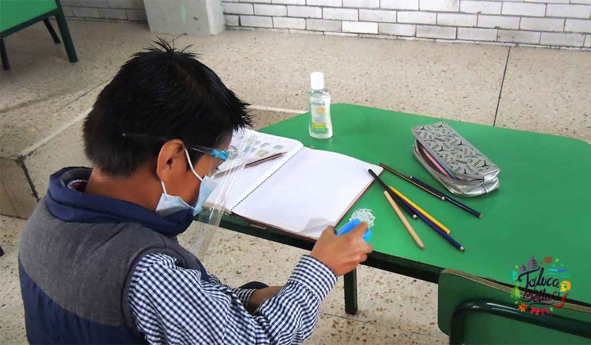 Gobierno de Metepec ofrece beca de mil pesos a niños de primaria