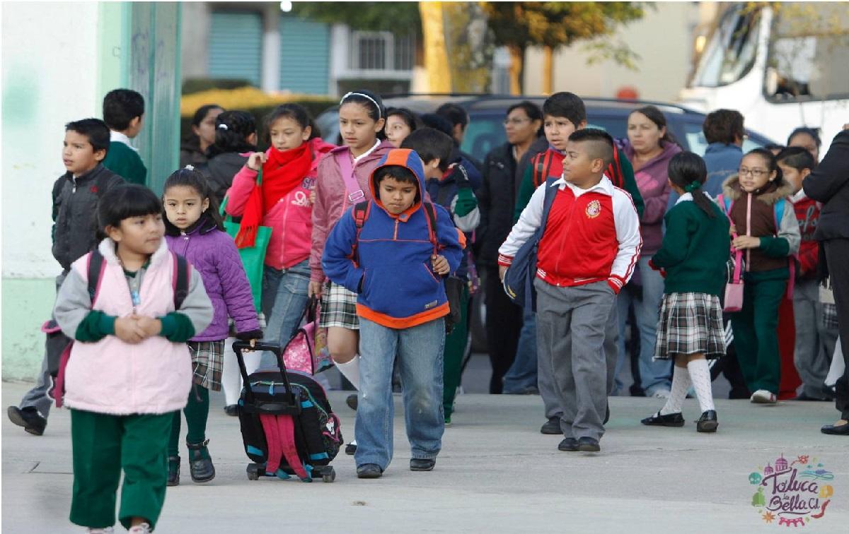 PAEB 2021: ¿Cómo cambio a mi hijo de escuela en Toluca?