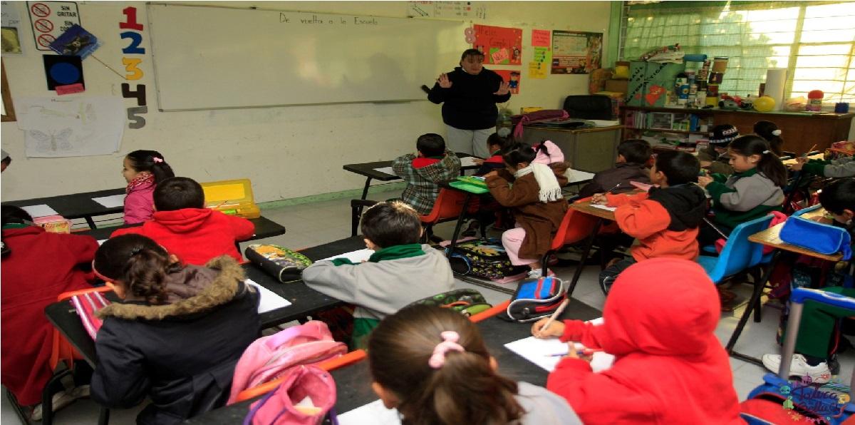 Regreso a clases 2021-2022: ¿Será obligatorio comprar uniformes y útiles escolares?