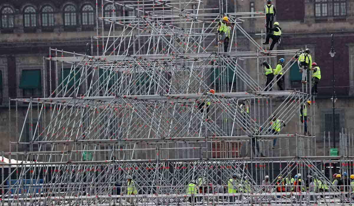 construccion en el zocalo de la ciudad de mexico de la replica del templo mayor