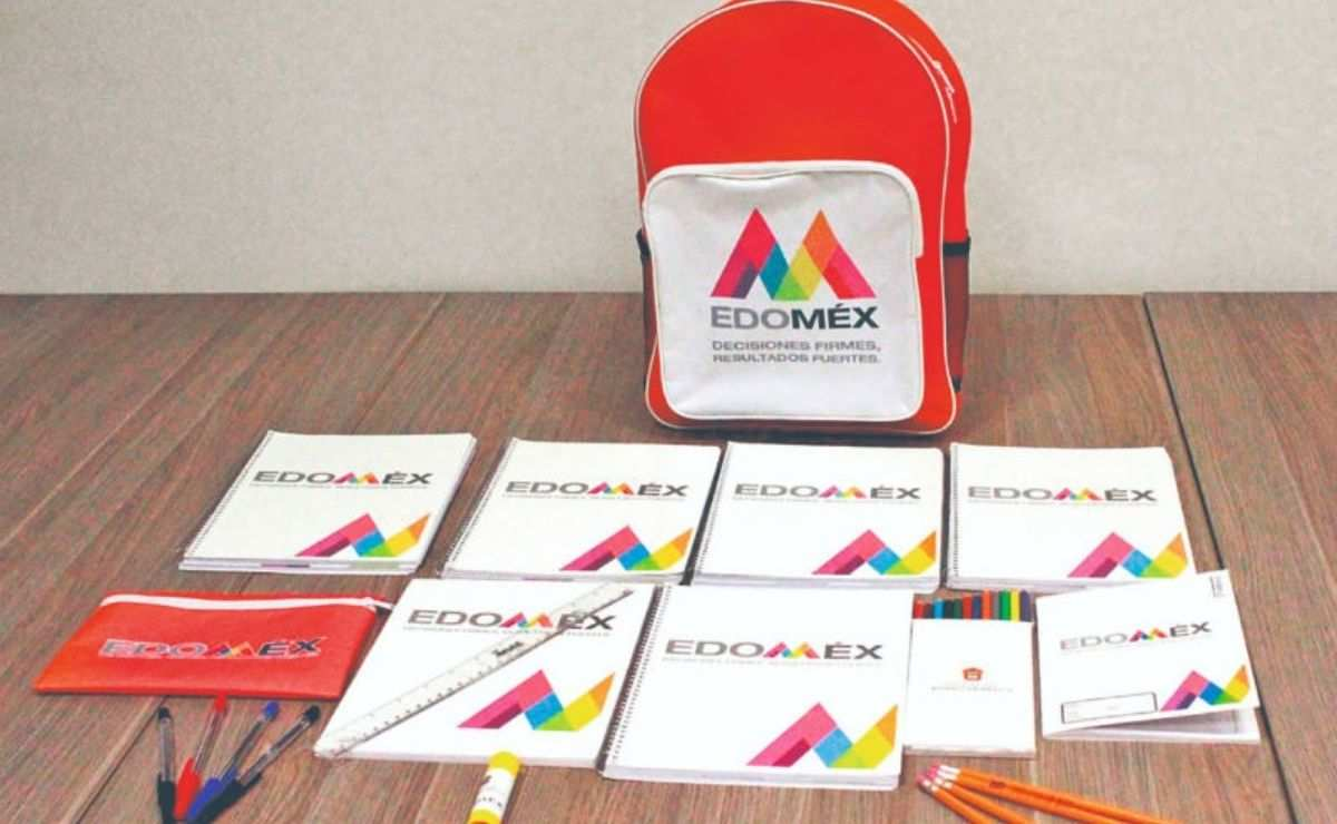¿Cuándo se entregan los útiles escolares Edomex 2021-2022?