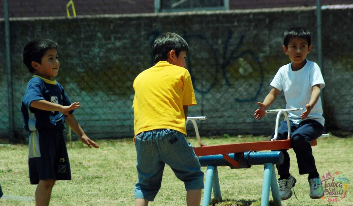 La diversión de los niños de antes sin tecnologia