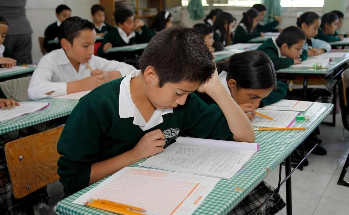 PAEB Edomex 2021 - ¿Cómo solicitar cambio de turno o escuela?
