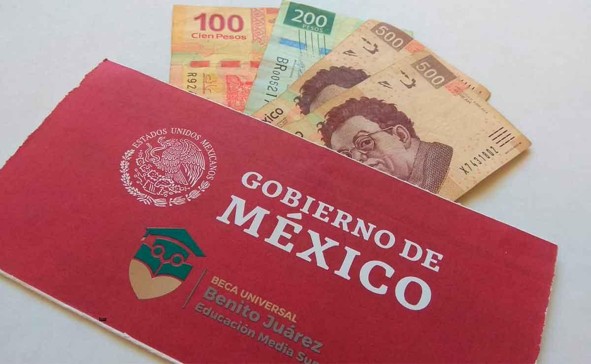 Adelantarán pago Beca Benito Juárez 2021: Jóvenes recibirán 3 200 pesos