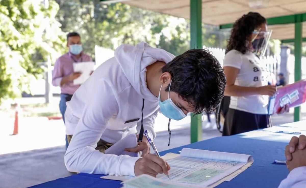 Becas Benito Juárez 2021 - Requisitos para preescolar, primaria y secundaria