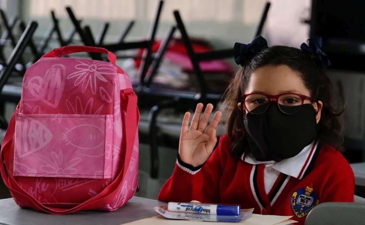 Becas Benito Juárez Bienestar Azteca - ¿Cómo solicitar mil 600 pesos para preescolar, primaria y secundaria?