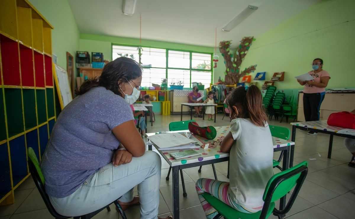 Becas Edomex 2021 - ¿Cómo solicitar apoyo de 8 mil pesos para educación básica?