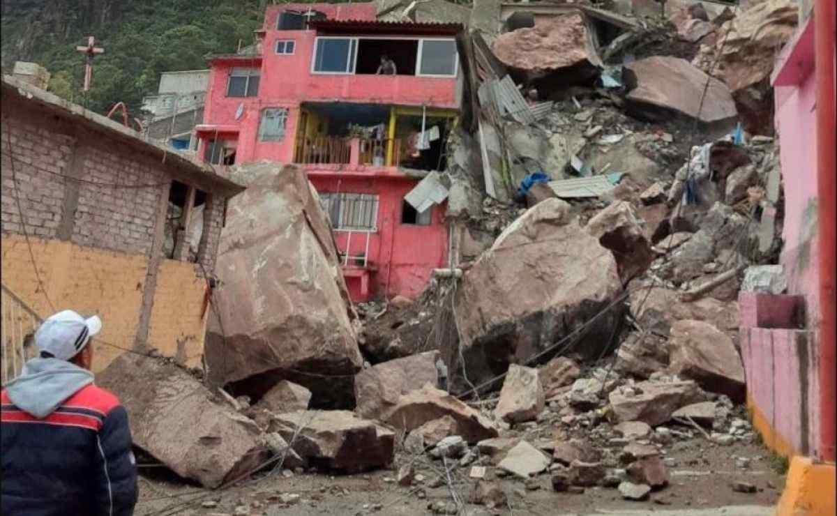 Se desgaja Cerro del Chiquihuite en el Edomex y sepulta casas
