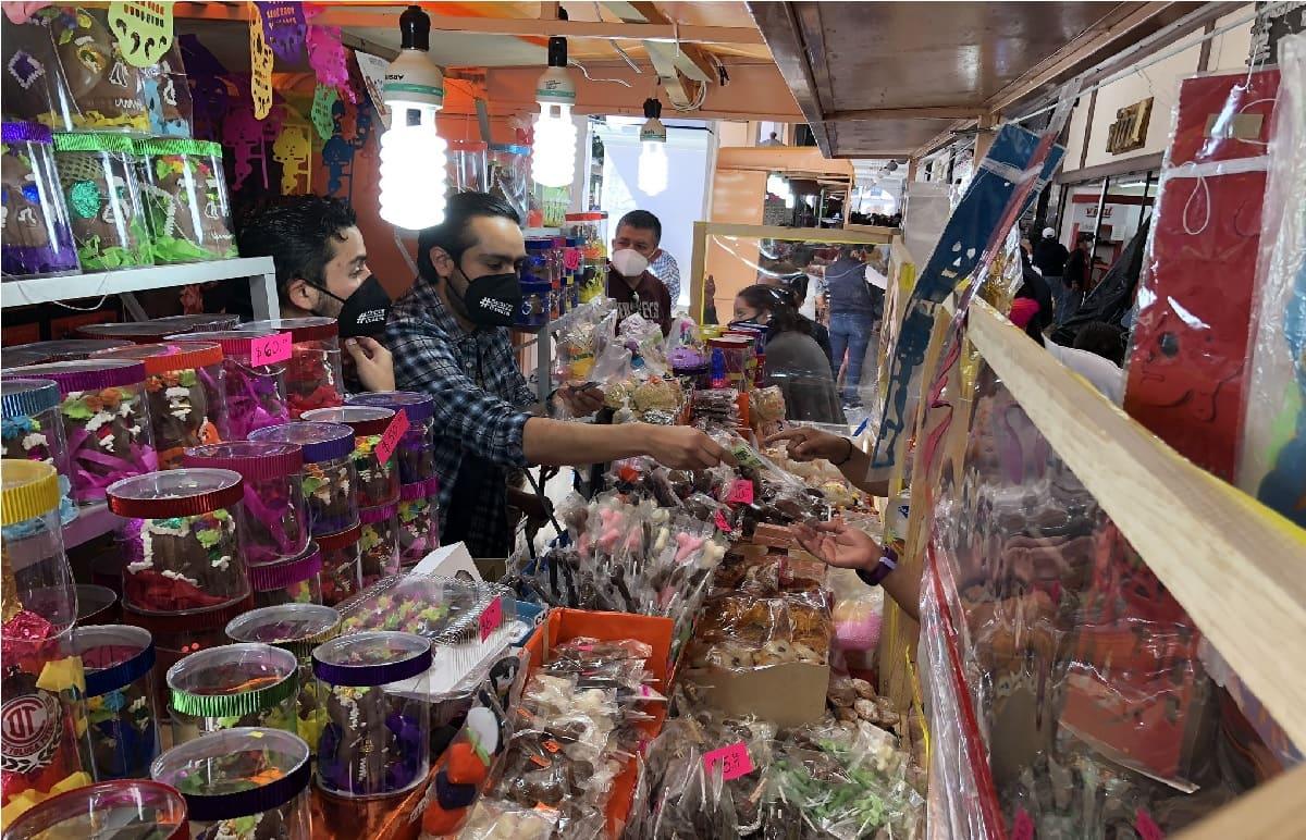 Artesanos de Toluca anuncian la fecha de la Feria del Alfeñique 2021