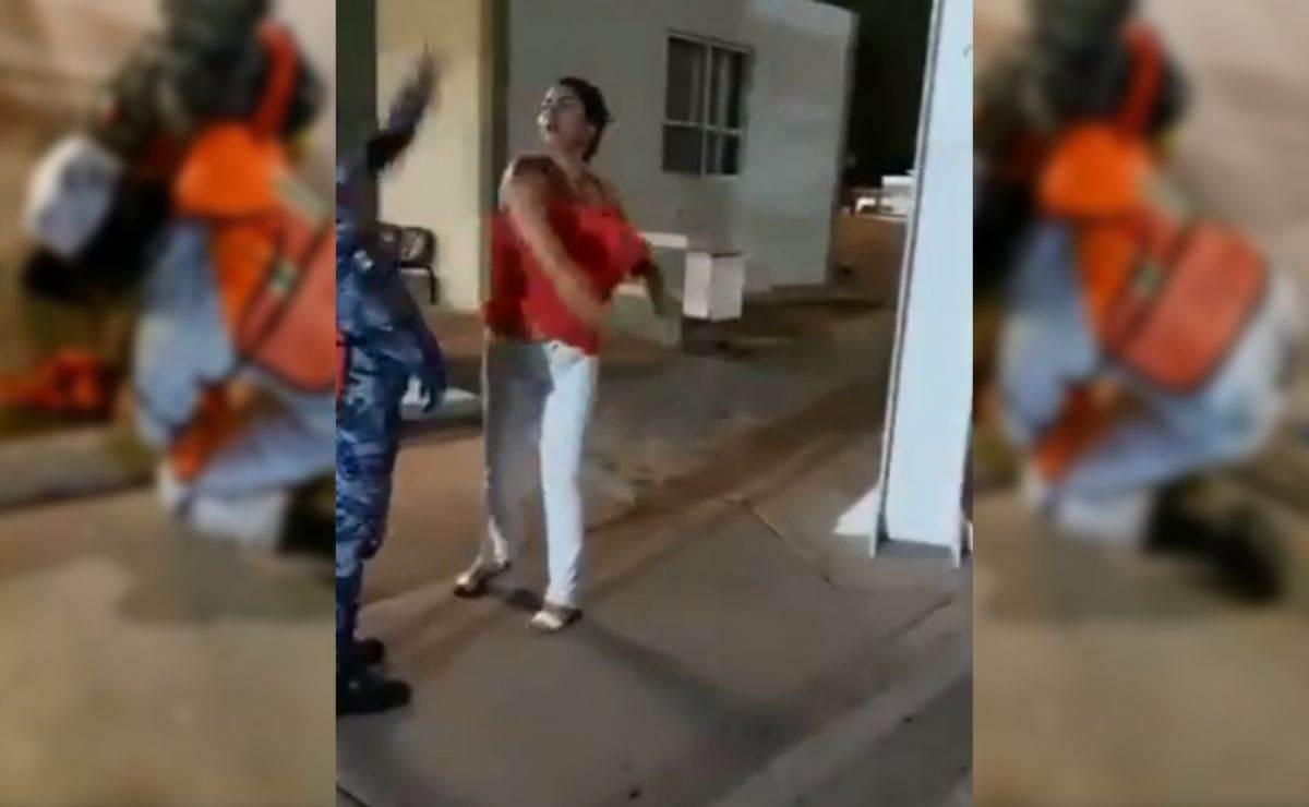 Una mujer agrede y cachetea a Guardia Nacional en Sonora