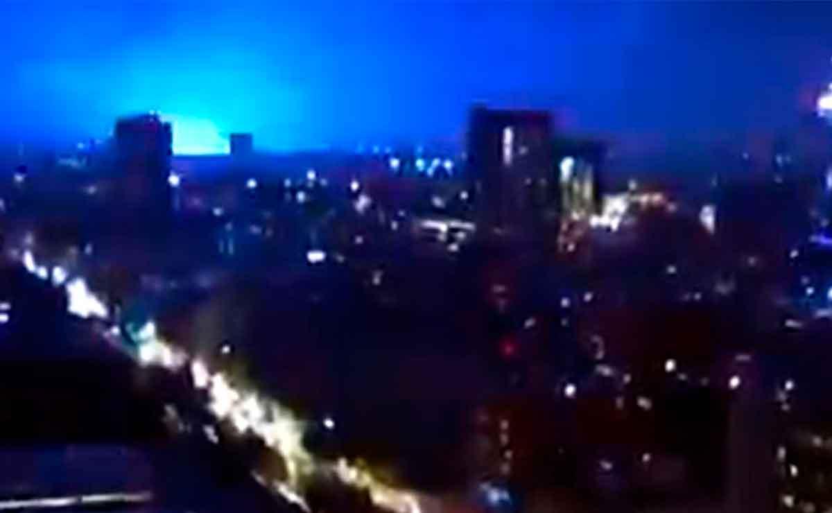 Reportan extrañas luces en el cielo antes del fuerte sismo en Guerrero