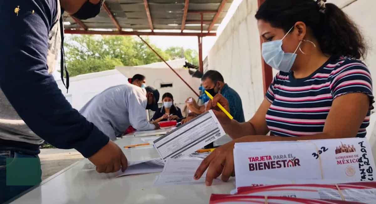 Documentos solicitados y cómo afiliarte a Becas Benito Juárez y recibir $1,600 pesos