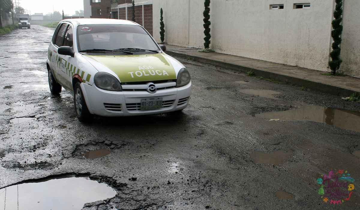 Noticias Toluca- Conductores sufren por los gigantescos baches