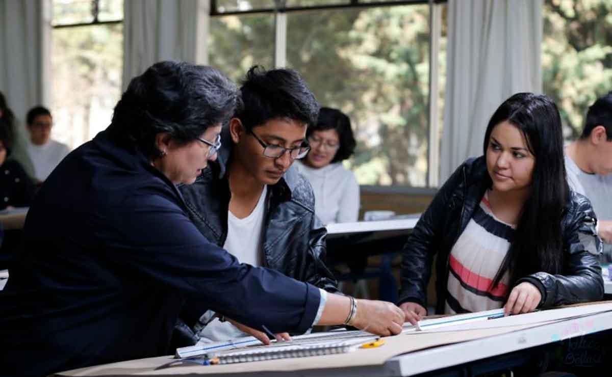 Estudiantes y académicos regresarán a clases presenciales UAEMex 2021