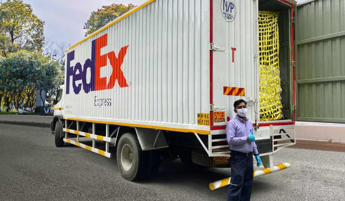 FedEx ofrece diferentes vacantes de empleo en el EdoMéx