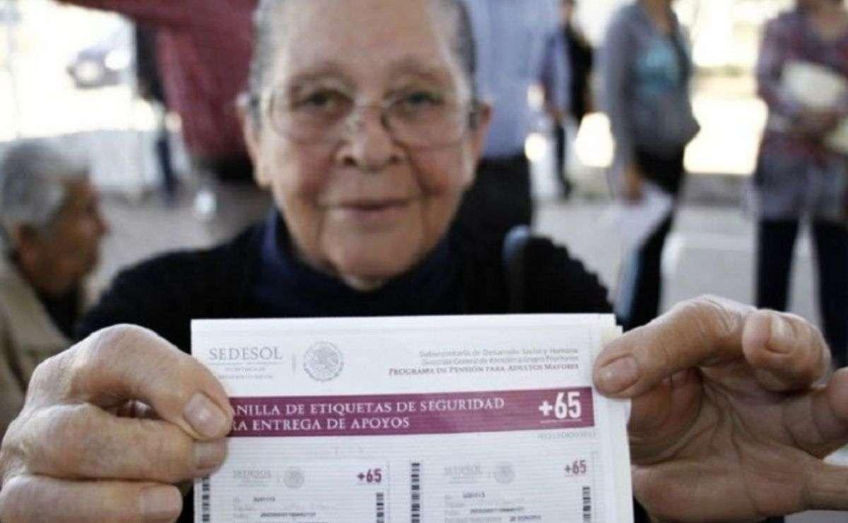 Reinicia el registro a la pensión bienestar para adultos mayores de 65 años consulta los requisitos y monto