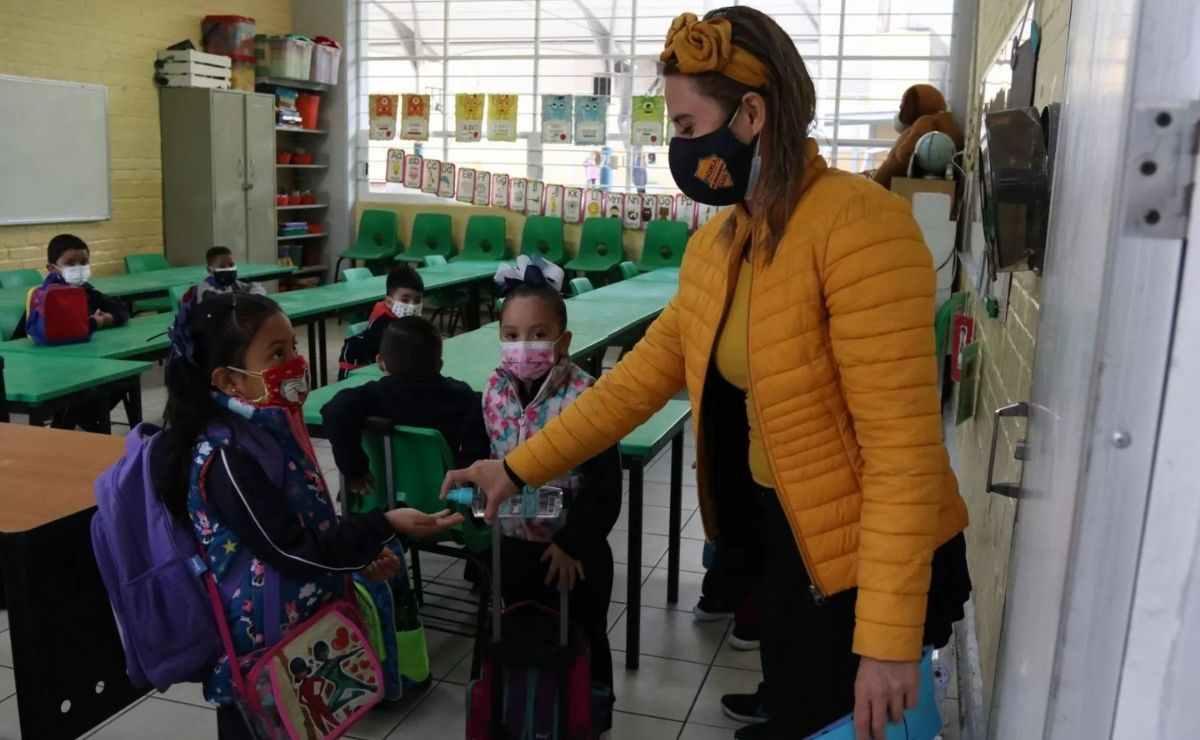 Consulta como será el regreso a clases presenciales de la SEP y los cubrebocas para preescolar, primaria y secundaria